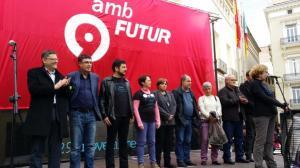 Primer anniversari del tancament de les emissions de RTVV en novembre de 2014, quan Puig i Morera miraven els treballadors a la cara.